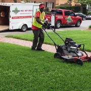 lawn mowing service in Savannah, GA